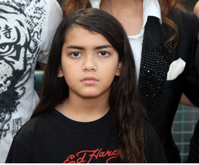 Blanket Jackson's latest photo