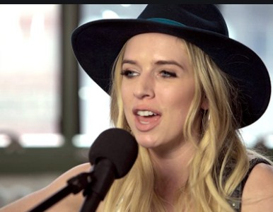 Latest photo of zz ward