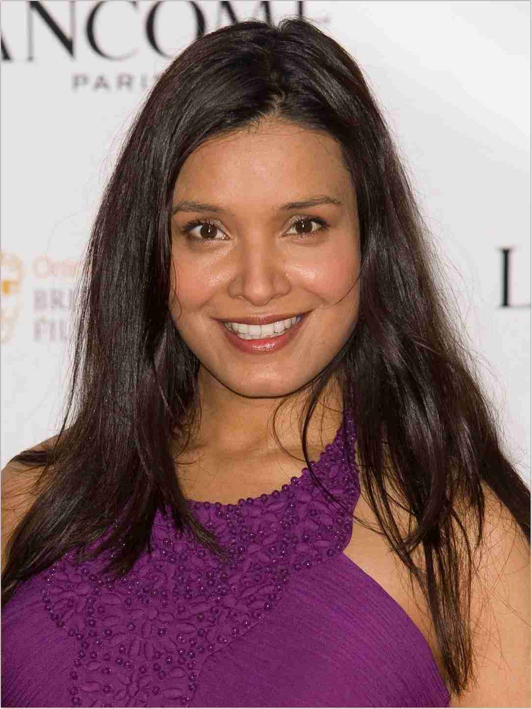 Shelley Conn Net Worth, Bio, Height, Family, Age, Weight