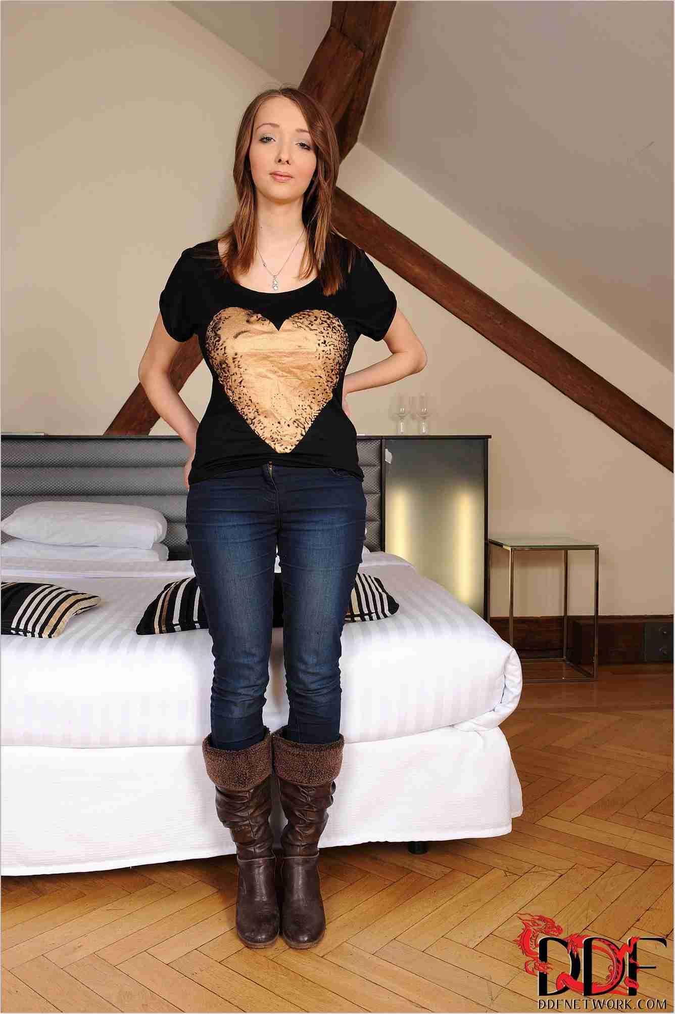 Lucie Wilde Net Worth, Bio, Height, Family, Age, Weight, Wiki
